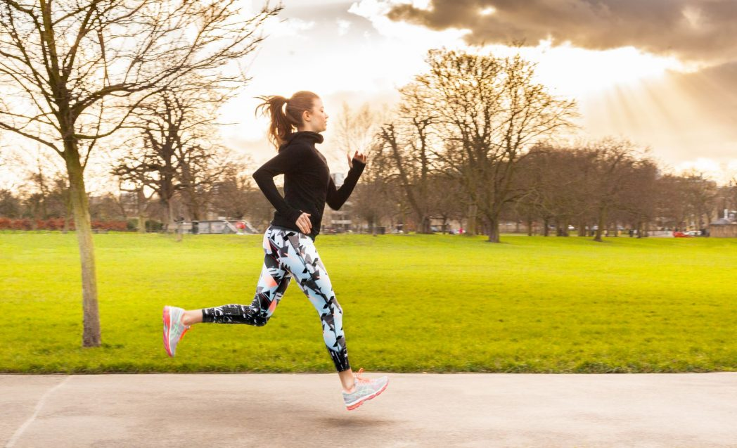 WHAT TO WEAR IF YOU WORKOUT OUTDOORS IN WINTER MONTHS