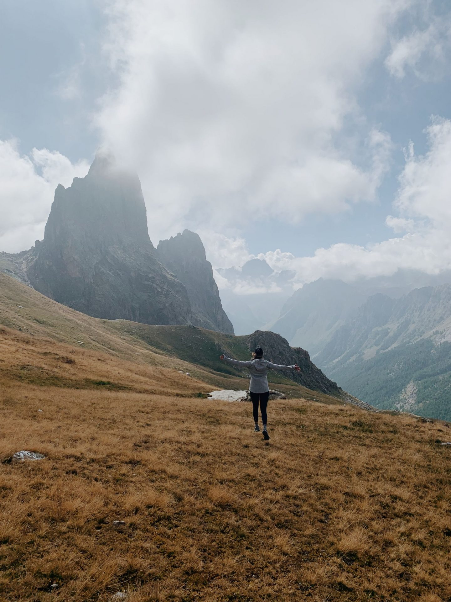 Ring Hike of Provenzale/Castello Peaks – Maira Valley – Italy